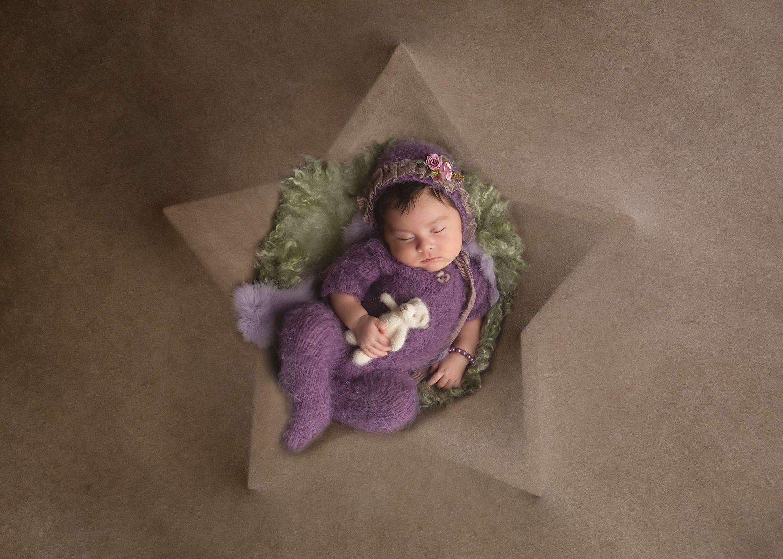 Best Newborn Photographer Flower Mound White Lavender Photography