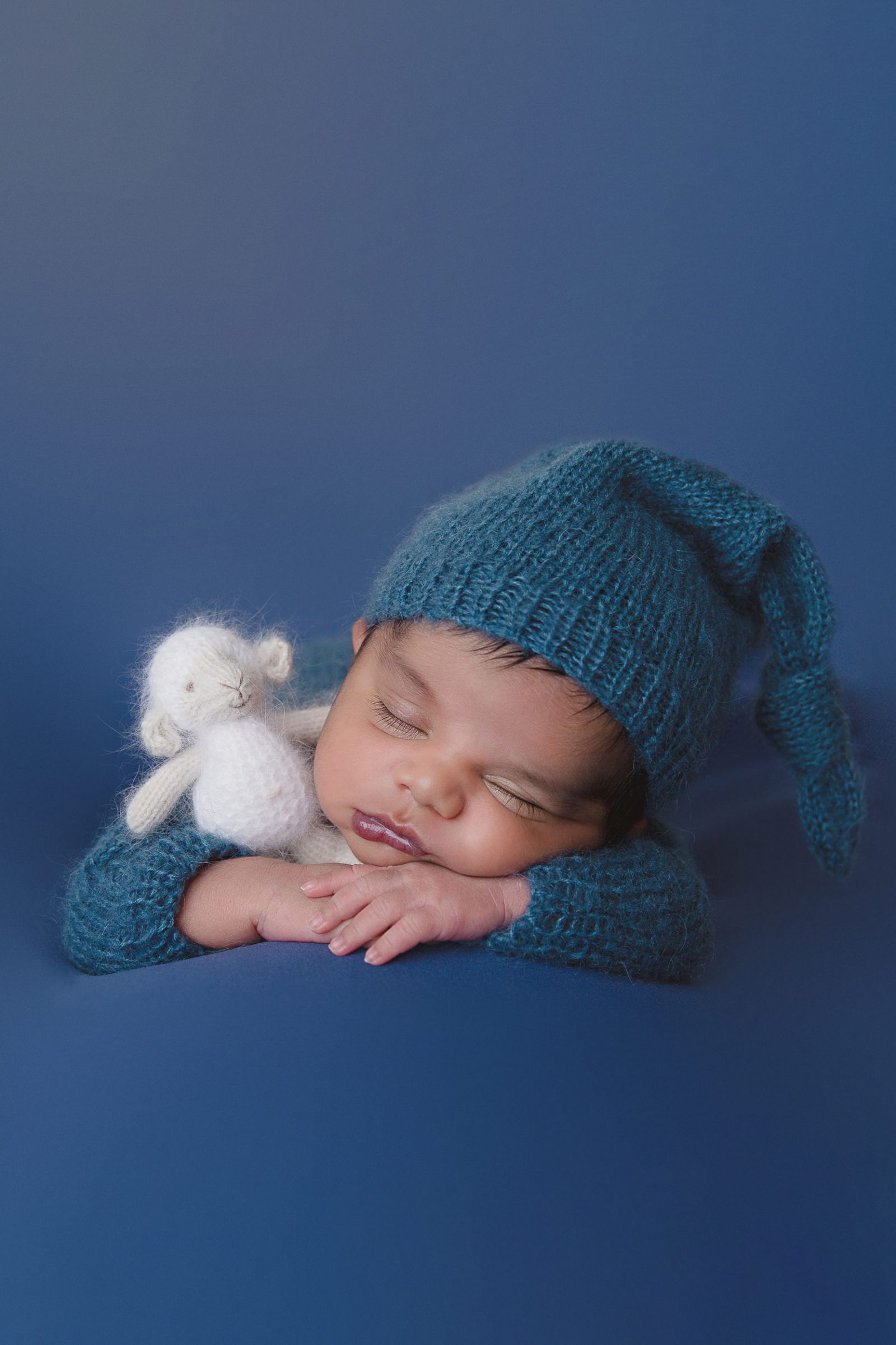 Newborn Photographer in Irving White Lavender Photography