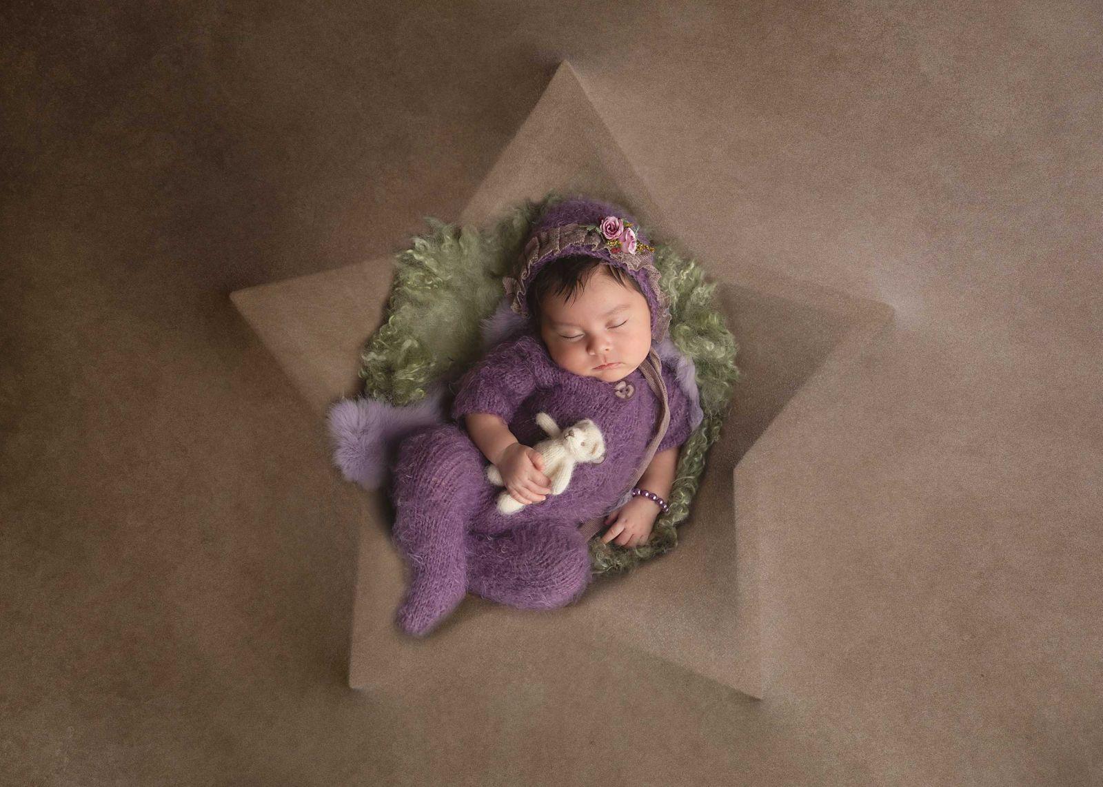 Best Newborn Photographer in Dallas White Lavender Photography